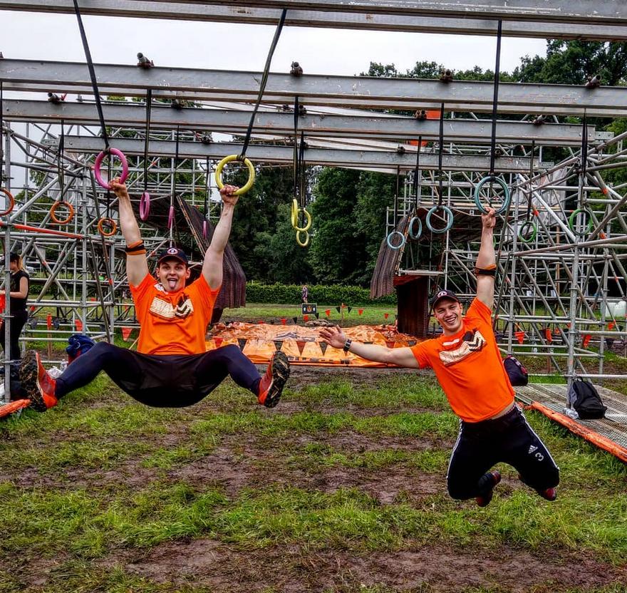 Tough Mudder Insolvenz: Bleeding Orange, Ein tag als Volunteer